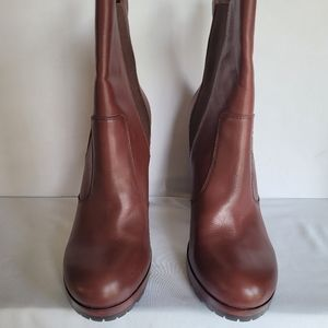 Vince Camuto VC Signature Spice Helga Boots